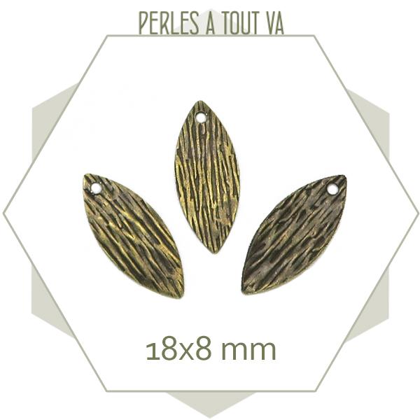 breloques navettes bronze texturée