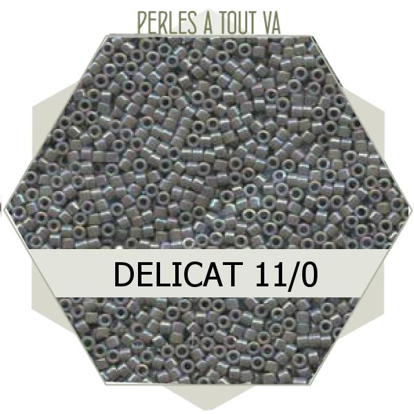 Perles Miyuki délicas  Opaque Grey AB 5g, perles de rocaille