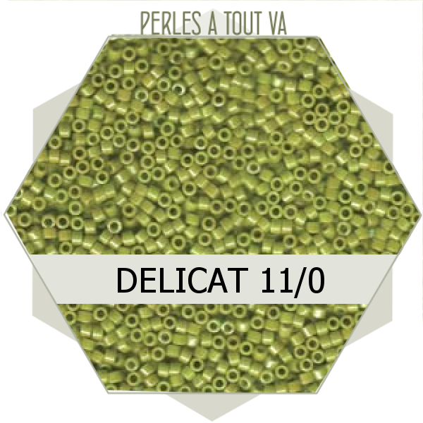 Perles Miyuki délicas Opaque Chartreuse Luster 5g, perles de rocaille