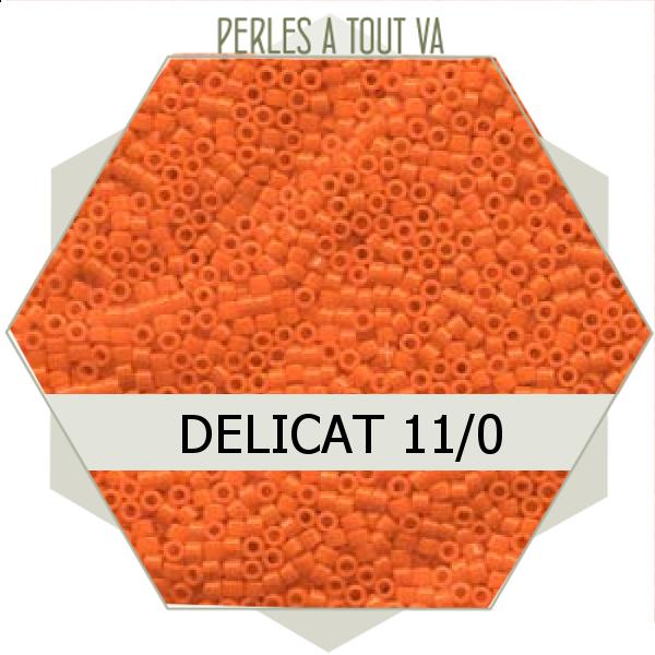 Perles Miyuki délicas  Opaque Orange 5g, perles de rocaille