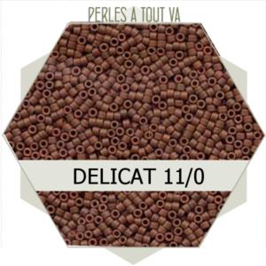 Perles Miyuki délicas Opaque Sienna Matted Dyed 5g, perles