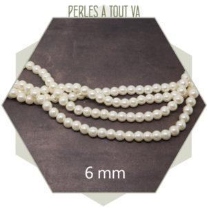 75 perles de verre nacrées blanc crème 6 mm