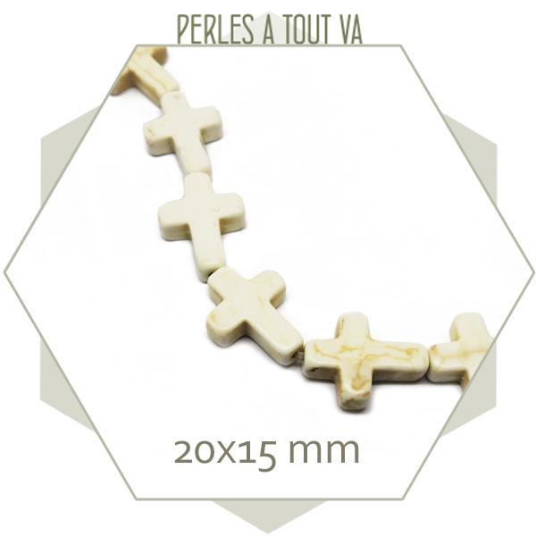 20 perles croix en howlite crème