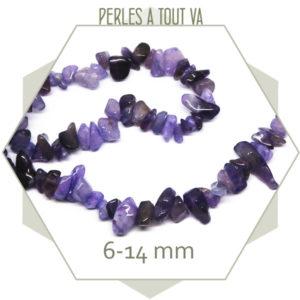 40 cm de perles chips en quartz teinté violet