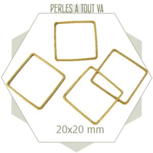 20 anneaux fermés carrés laiton brut doré
