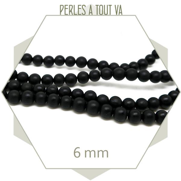 65 perles rondes en pierre noir reconstituée, 6 mm