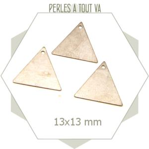 Lot de 8 sequins triangulaires acier métallisé, éléments créations bijoux
