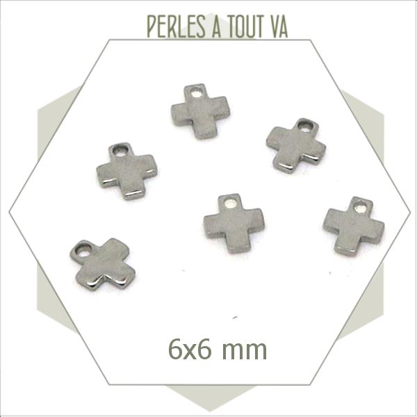 12 petites breloques croix en acier 6 mm