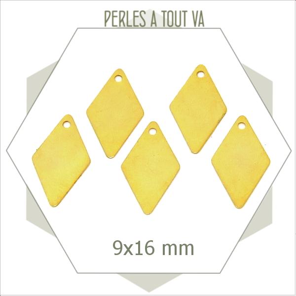 8 breloques losanges  dorés 1 trous