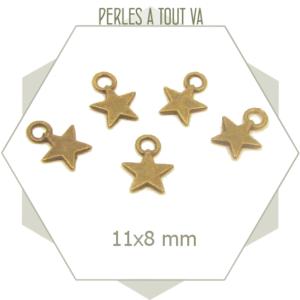 Lot de 10 breloques en forme d'étoiles couleur bronze, éléments aux faces lisses et plates