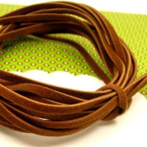 10 cordons plats de feutrine marron clair - perles à tout-va
