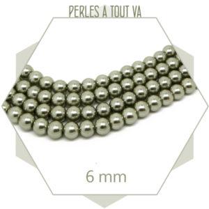 69 perles de verre nacrées grises 6 mm