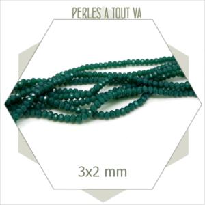 195 perles de verre donut vert emeraude  3x2 mm