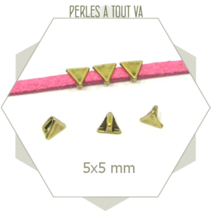 6 perles passantes triangles bronze