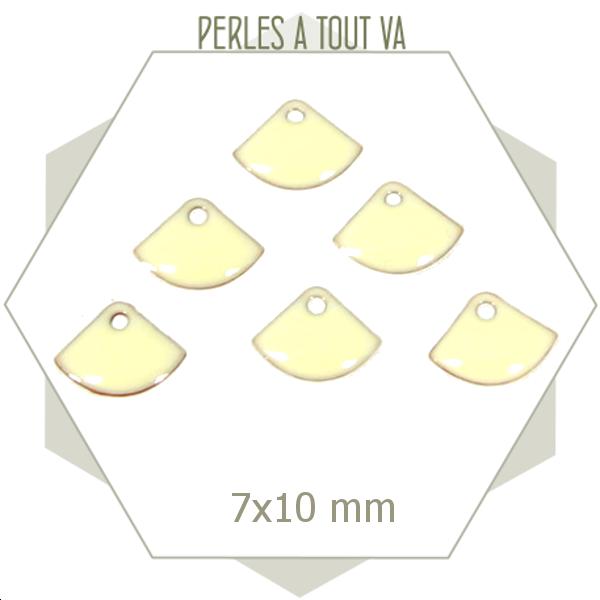 6 sequins éventails émaillés blanc crème, breloque émail