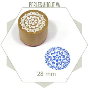 1 tampon motif fleur
