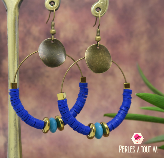 Creation bijoux perles heishi bleu