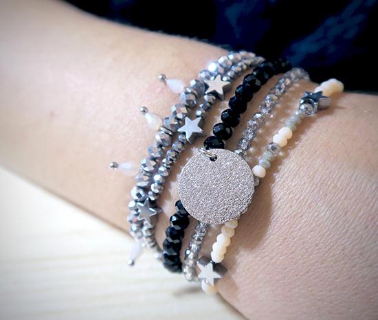 mix de bracelet perles donut argentés