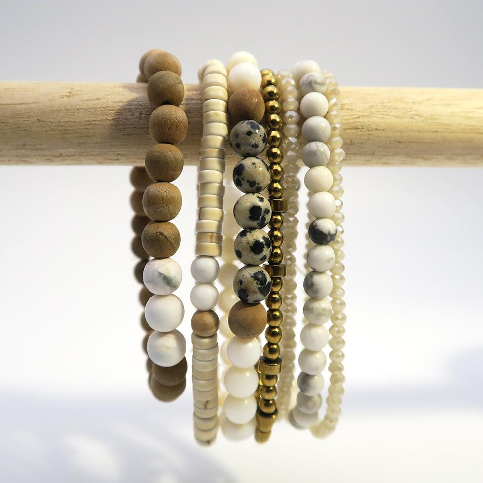 Idée mix de bracelets nacre et blanc