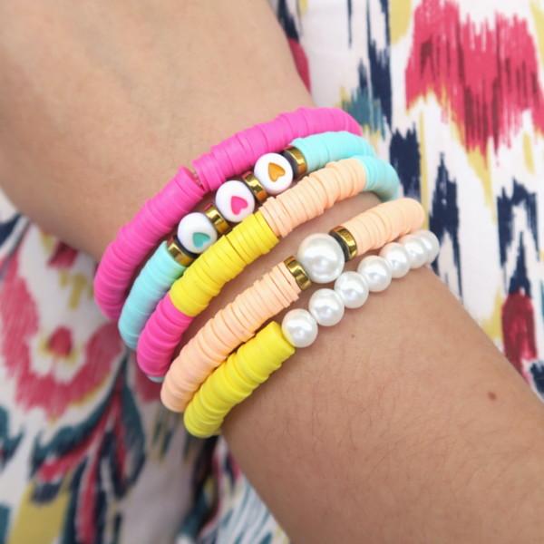 Idée de bracelets été perles heishi